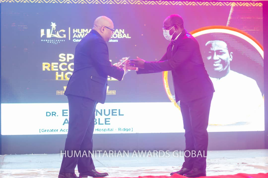 Dr. Emmanuel Kwadzo Ahiable honoured at 2021 Humanitarian Award Global